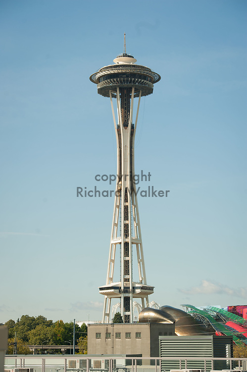 2017 SEPTEMBER 22 - The Space Needle with renovation scaffolding in place on a sunny day in Seattle, WA, USA. By Richard Walker