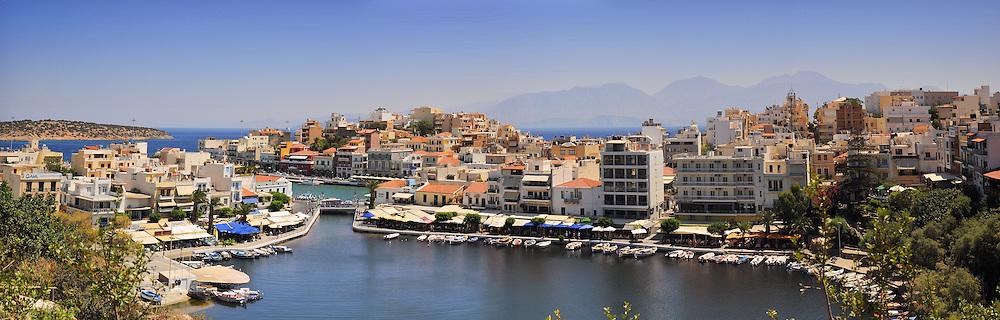 Agios Nikolaos panoramic photo with iconic view of the bay