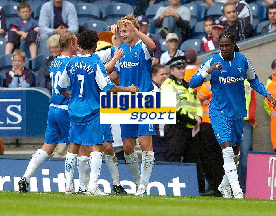 Photo: Leigh Quinnell.<br /> West Brom v Birmingham City. The Barclays Premiership. Jiri Jarosik celebrtes his goal for Birmingham with his team mates.<br /> 27/08/2005.