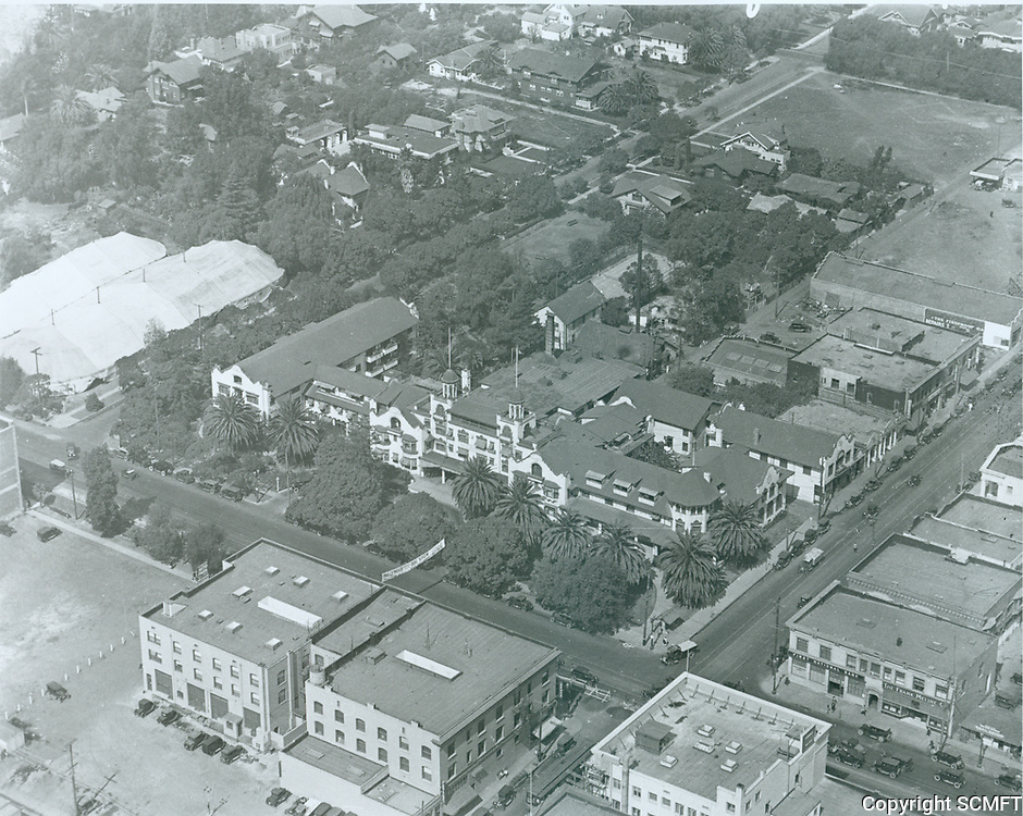 1925 Aerial of The Hollywood Hotel
