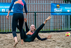 Anne Buijs, Nika Daalderop in action. From July 1, competition in the Netherlands may be played again for the first time since the start of the corona pandemic. Nevobo and Sportworx, the organizer of the DELA Eredivisie Beach volleyball, are taking this opportunity with both hands. At sunrise, Wednesday exactly at 5.24 a.m., the first whistle will sound for the DELA Eredivisie opening tournament in Zaandam on 1 July 2020 in Zaandam.