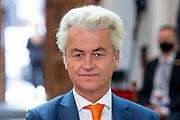 Aankomst Politici voorafgaand het voorlezen van de troonrede in de Grote Kerk aan leden van de Eerste en Tweede Kamer.<br /> <br /> Op de foto:  Geert Wilders