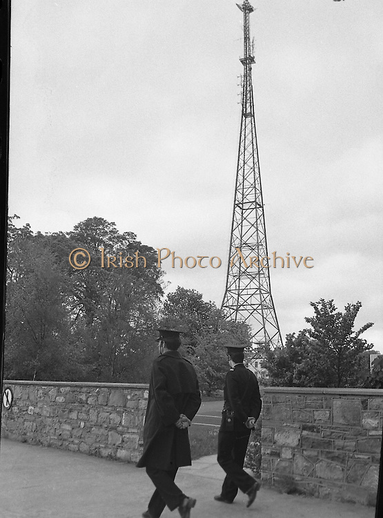 Strike at RTE.14/05/1976.05/14/1976.14th May 1976.Radio Telefis Eireann ceased transmitting radio and television programmes at 3pm on Friday, 14.05.1976. when 'ICTU All-Out Strike' pickets were placed at Montrose, Donnybrook, Dublin.Picture shows aerial tower at RTE studios, Montrose. Photos, Photo, Snap, Streets, Street,