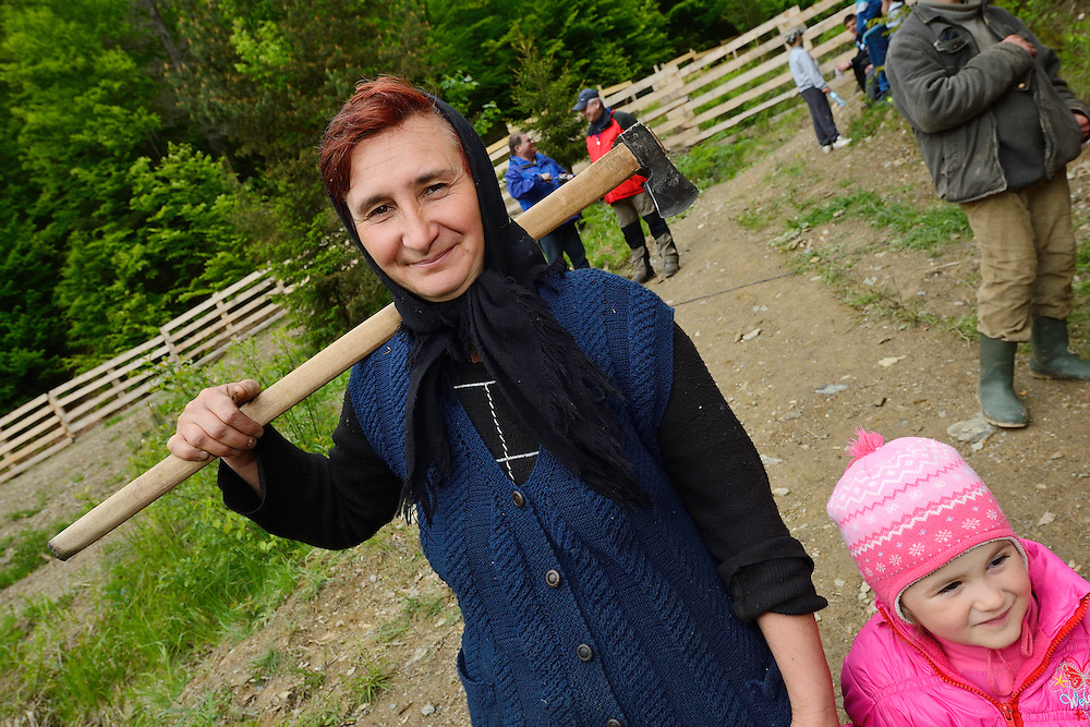 Local villagers at the release of European bison, Bison bonasus, in the Tarcu mountains nature reserve, Natura 2000 area, Southern Carpathians, Romania. The release was actioned by Rewilding Europe and WWF Romania in May 2014.