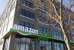 March 29, 2017 - Seattle, Washington/King County, U.S. - AmazonFresh Pickup SoDo. Amazon.com revealed two grocery pickup locations in Seattle' SoDo and Ballard neighborhoods where shoppers can receive their online purchases in as little as fifteen minutes after they are placed. Customers also have the option of selecting a convenient time for pickup. AmazonFresh Pickup is currently available for Amazon employees in a beta test program. (Credit Image: © Paul Gordon via ZUMA Wire)