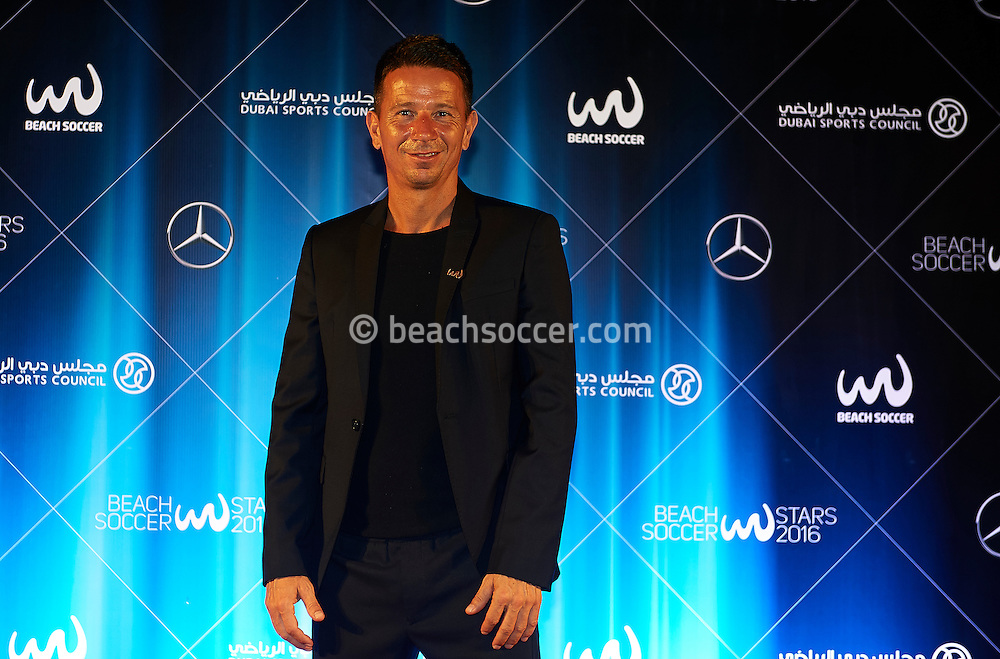 DUBAI, UNITED ARAB EMIRATES - NOVEMBER 05:  Samsung Beach Soccer Intercontinental Cup 2016 at Dubai International Marine Club on November 05, 2016 in Dubai, United Arab Emirates. (Photo by Manuel Queimadelos Alonso)