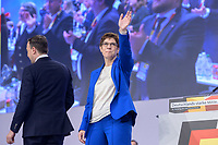 22 NOV 2019, LEIPZIG/GERMANY:<br /> Paul Ziemiak (L), CDU Generalsekretaer, und Annegret Kramp-Karrenbauer (R), CDU Bundesvorsitzende und Bundesverteidigungsministerin, nach der Rede von AKK, CDU Bundesparteitag, CCL Leipzig<br /> IMAGE: 20191122-01-165<br /> KEYWORDS: Parteitag, party congress, Applaus, applaudieren, klatschen, Jubel
