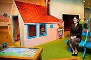 Japanse prinses Kiko bezoekt Kinderboekenmuseum