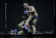 Kampfsport: MMA, We love MMA, Oberhausen, 31.01.2015<br /> Christian Skorzik (JKD Akademie NRW, r.) - Daniel Duecker (Fight Center Siegen)<br /> © Torsten Helmke