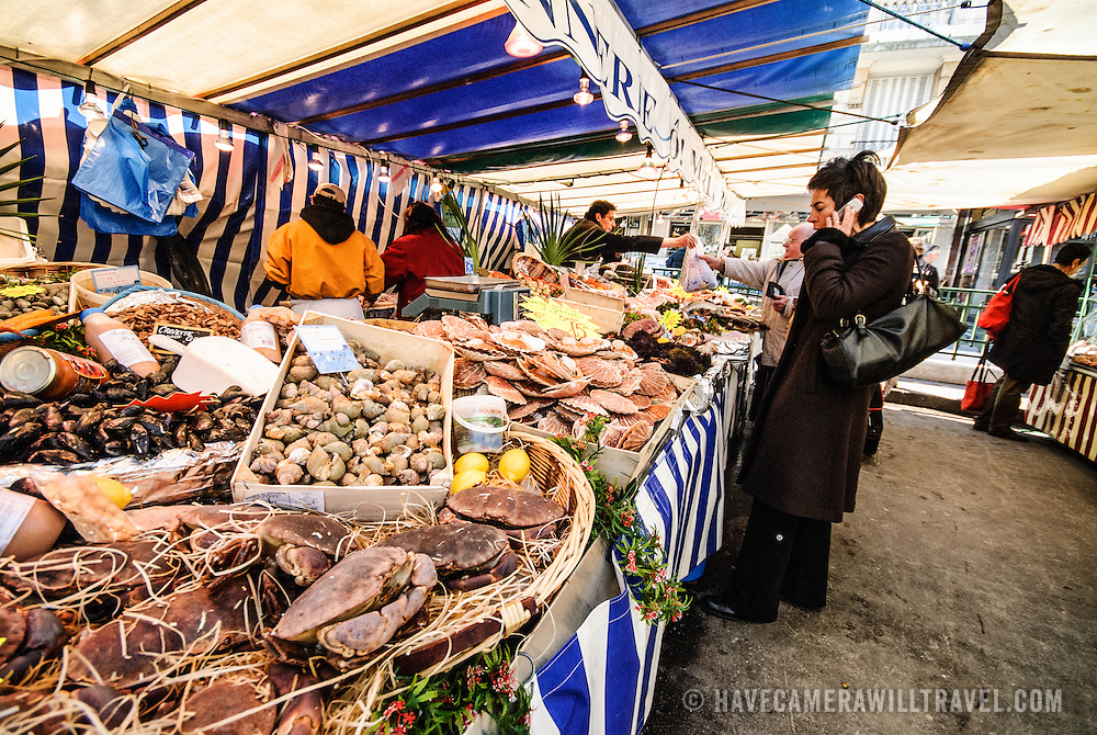 Market at Place Monge