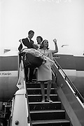 "Winner of the ""The Ideal Woman of 1966 of Europe"" winner, Grace O'Shaughnessy, returns from an assignment in Italy. .30.08.1966"