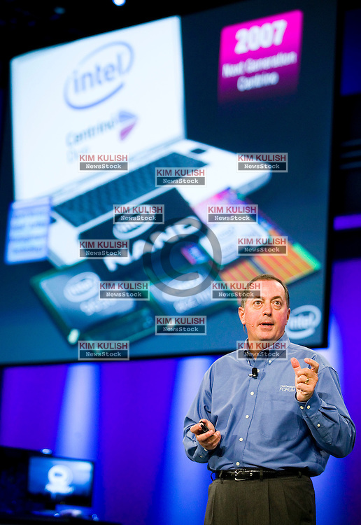 Intel Corporation CEO Paul Otellini delivers his keynote speech to open the Intel Developers Forum September 26, 2006 in San Francisco, California. Otellini discussed the launch of their  first quad core processors  and highlighted the improved  energy efficiency of Intel's latest microprocessors,  Photo by Kim Kulish