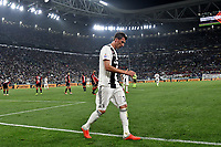 Mario Mandzukic of Juventus leaves the pitch for a substitution during the Serie A 2018/2019 football match between Juventus and Genoa CFC at Allianz Stadium, Turin, October, 20, 2018 <br />  Foto Andrea Staccioli / Insidefoto