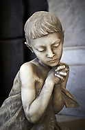 Picture and image of the stone sculpture of a Jannet Duff and her gireving son. Sculpted by L Beltrami 1894. The monumental tombs of the Staglieno Monumental Cemetery, Genoa, Italy .<br /> <br /> Visit our ITALY PHOTO COLLECTION for more   photos of Italy to download or buy as prints https://funkystock.photoshelter.com/gallery-collection/2b-Pictures-Images-of-Italy-Photos-of-Italian-Historic-Landmark-Sites/C0000qxA2zGFjd_k<br /> If you prefer to buy from our ALAMY PHOTO LIBRARY  Collection visit : https://www.alamy.com/portfolio/paul-williams-funkystock/camposanto-di-staglieno-cemetery-genoa.html