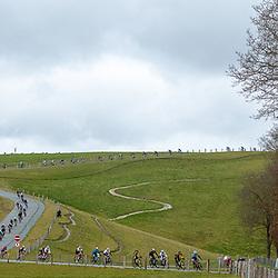 12-03-2021: Wielrennen: Healthy Ageing Tour: Wijster <br />peloton in descent Col du VAM