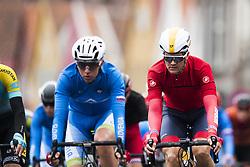 September 22, 2017 - Bergen, NORWAY - 170922 Cyclists compete during the Men Under 23 Road Race on September 22, 2017 in Bergen..Photo: Jon Olav Nesvold / BILDBYRN / kod JE / 160026 (Credit Image: © Jon Olav Nesvold/Bildbyran via ZUMA Wire)