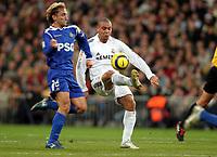 Fotball<br /> Spania 2005/2006<br /> Foto: Miguelez/Digitalsport<br /> NORWAY ONLY<br /> <br /> 03.12.2005<br /> Real Madrid v Getafe<br /> <br /> Rivas - Getafe<br /> Ronaldo - Real Madrid