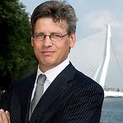 Nederland Rotterdam 10 september 2008 20080910 Foto: David Rozing ..Portret wethouder Bolsius, financien sport, buitenruimte,  met op de achtergrond Kop van Zuid ..Foto: David Rozing