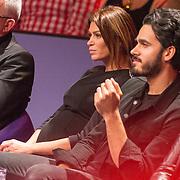 NLD/Aalsmeer/20151120 - 1e show Mindmasters Live 2015, zwangere Sabia Boulahrouz - Engizek en Kay Nambiar