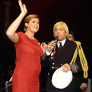 Optreden Carlo Boszhard en zwangere Irene Moors als Willem Alexander en Maxima Zorrequietta