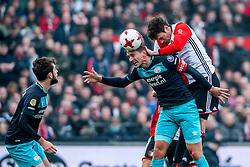 25-02-2017 NED: Feyenoord - PSV, Rotterdam<br /> 24e speelronde van seizoen 2016-2017, De Kuip / Luuk de Jong of PSV, Davy Propper of PSV, Eric Botteghin #33 of Feyenoord