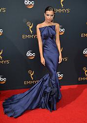 Emily Ratajkowski bei der Verleihung der 68. Primetime Emmy Awards in Los Angeles / 180916<br /> <br /> *** 68th Primetime Emmy Awards in Los Angeles, California on September 18th, 2016***