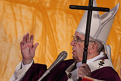 November 2 2018- Rome, Italy - POPE FRANCIS celebrates Holy Mass for the faithful departed in Rome's Laurentino cemetery. (Credit Image: © Evandro Inetti/ZUMA Wire)