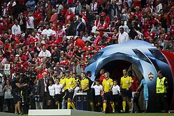 September 12, 2017 - Lisbon, Portugal - Teams entering the pitch during the Champions League  football match between SL Benfica and CSKA Moskva at Luz  Stadium in Lisbon on September 12, 2017. NURPHOTO/CARLOS COSTA. (Credit Image: © Carlos Costa/NurPhoto via ZUMA Press)