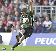 Oxford,  27/04/2002 Parker Pen Shield - Semi-Final<br />London Irish vs Pontypridd - Kassam Stadium - Oxford, <br />Barry Everitt, converts,