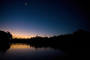 Aquidauana_MS, Brasil...Amanhecer em uma paisagem da fazenda Rio Negro no Pantanal...Sunrise in the landscape in the Rio Negro farm in Pantanal...Foto: JOAO MARCOS ROSA / NITRO