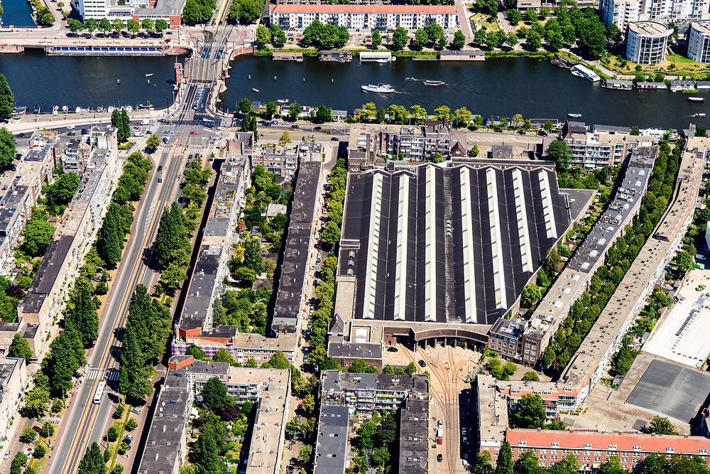 Nederland, Noord-Holland, Amsterdam, 29-06-2018; Amsterdam-Zuid Rivierenbuurt met Amstel en zicht op de Berlagebrug. Remise Lekstraat van het GVB.<br /> South-Amsterdam, well to do neigborhood Rivierenbuurt.<br /> <br /> luchtfoto (toeslag op standard tarieven);<br /> aerial photo (additional fee required);<br /> copyright foto/photo Siebe Swart