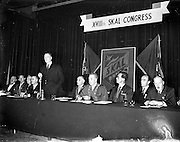 28/10/1957<br /> 10/28/1957<br /> 28 October 1957<br /> Opening of the Skal International  Congress at the Gresham Hotel, Dublin. Skål is a professional organisation of tourism leaders around the world founded in 1932. President Eamon de Valera speaking at the opening of the conference.