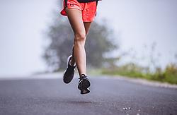 THEMENBILD - Füsse eines Maedchens beim laufen waehrend ihres morgendlichen Trainings im Nebel, aufgenommen am 06. September 2018 in Kaprun, Österreich // Feet of a girl running in the fog during her morning workout, Kaprun, Austria on 2018/09/06. EXPA Pictures © 2018, PhotoCredit: EXPA/ JFK