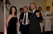Nigella Lawson, Anthony Howard and Ed Victor, 'Feast Food that celebrates Life' by Nigella Lawson- book launch. Cadogan Hall, Sloane Terace. 11 October 2004. ONE TIME USE ONLY - DO NOT ARCHIVE  © Copyright Photograph by Dafydd Jones 66 Stockwell Park Rd. London SW9 0DA Tel 020 7733 0108 www.dafjones.com