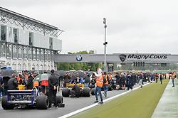 July 1, 2017 - Cicuit Nevers Magny-Cours, France - Grille de depart du grand prix FIA masters Formula One (Credit Image: © Panoramic via ZUMA Press)