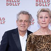 NLD/Rotterdam/20200308 - Hello Dolly premiere , Jan Tax en partner