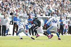 Philadelphia Eagles running back LeSean McCoy (25) carries the ball during the NFL game between the Detroit Lions and the Philadelphia Eagles on Sunday, October 14th 2012 in Philadelphia. The Lions won 26-23 in Overtime. (Photo by Brian Garfinkel)