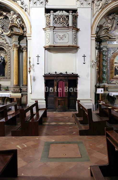 build in pillar confessional, Chiesa di San Francesco, Città di Castello, Umbria, Italy
