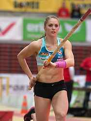06.02.2015, Linz, AUT, Tipsarena der Stadt Linz, Gugl Indoor, Leichtathletic Meeting, im Bild Kira Grünberg (AUT) Stabhochsprung // Kira Grünberg (AUT) pole vault at the picture during Gugl Indoor, Linz, Austria on 2015/02/06. EXPA Pictures © 2015, PhotoCredit: EXPA/ Reinhard Eisenbauer