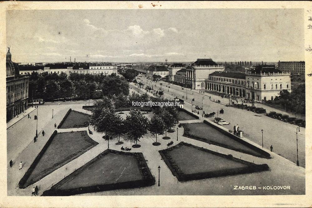 Zagreb : Kolodvor. <br /> <br /> ImpresumS. l. : S. M. Z., [1940].<br /> Materijalni opis1 razglednica : tisak ; 9 x 13,9 cm.<br /> Vrstavizualna građa • razglednice<br /> ZbirkaGrafička zbirka NSK • Zbirka razglednica<br /> Formatimage/jpeg<br /> PredmetZagreb –– Trg kralja Tomislava<br /> SignaturaRZG-TOM-50<br /> Obuhvat(vremenski)20. stoljeće<br /> NapomenaRazglednica je putovala 1940. godine. • S. M. Z. vjerojatno S. Marković, Zagreb.<br /> PravaJavno dobro<br /> Identifikatori000953710<br /> NBN.HRNBN: urn:nbn:hr:238:007778 <br /> <br /> Izvor: Digitalne zbirke Nacionalne i sveučilišne knjižnice u Zagrebu