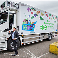 Nederland, Zaandam, 15 mei 2017.<br /> Ingebruikname eerste e-trucks voor Albert Heijn.<br /> De Amsterdamse wethouder Abdeluheb Choho, wethouder Duurzaamheid neemt de eerste van de twee e-trucks in gebruik die Albert Heijn-supermarkten in Amsterdam gaan bevoorraden.<br /> <br /> Foto: Jean-Pierre Jans<br /> <br /> The Netherlands, Zaandam, May 15, 2017. <br /> Commissioning of the first e-trucks for supermarket chain Albert Heijn