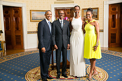 Aug. 5, 2014 - Washington, DC, United States of America - US President Barack Obama and First Lady Michelle Obama pose with Paul Kagame, President of the Republic of Rwanda, and his daughter in the Blue Room of the White House before the U.S.-Africa Leaders Summit dinner August 5, 2014 in Washington, DC. (Credit Image: © Amanda Lucidon/Planet Pix via ZUMA Wire)