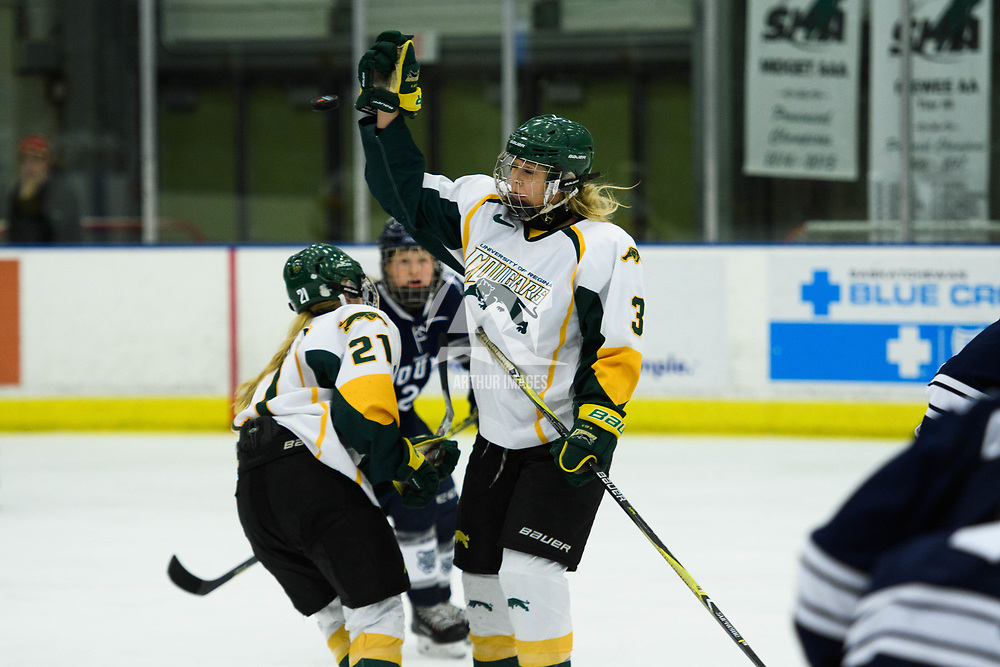2nd year forward Elise Endicott (3) of the Regina Cougars in action during the Women's Hockey home game on October 14 at Co-operators arena. Credit: Arthur Ward/Arthur Images