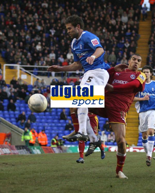 Photo: Mark Stephenson.<br />Birmingham City v Reading. The FA Cup. 27/01/2007.<br />Birmingham and Reading players clash