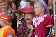 Koninginnedag 2007 in 's Hertogenbosch / Queensday 2007 in the city of 's Hertogenbosch Op de foto/On the photo:Koningin (queen) Beatrix