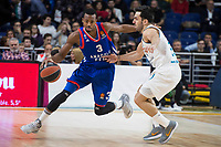 Real Madrid Facundo Campazzo and Anadolu Efes Errick McCollum during Turkish Airlines Euroleague match between Real Madrid and Anadolu Efes at Wizink Center in Madrid, Spain. January 25, 2018. (ALTERPHOTOS/Borja B.Hojas)