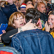NLD/Amsterdam/20190519 - Songfestival winnaar 2019 Duncan Lawrance komt aan op Schiphol,