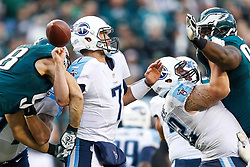 Philadelphia Eagles outside linebacker Connor Barwin #98 gets his hands on Tennessee Titans quarterback Zach Mettenberger #7 during the NFL game between the Tennessee Titans and the Philadelphia Eagles at Lincoln Financial Field in Philadelphia, Pennsylvania on Sunday November 16th 2014. The Eagles won 43-24. (Brian Garfinkel/Philadelphia Eagles)