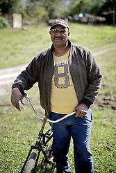 Valdir Gomes, 60, um dos integrantes da associação de quilombolas de Morro Alto, no municipio de Maquiné, no interior do Rio Grande do Sul. FOTO: Jefferson Bernardes / Preview.com