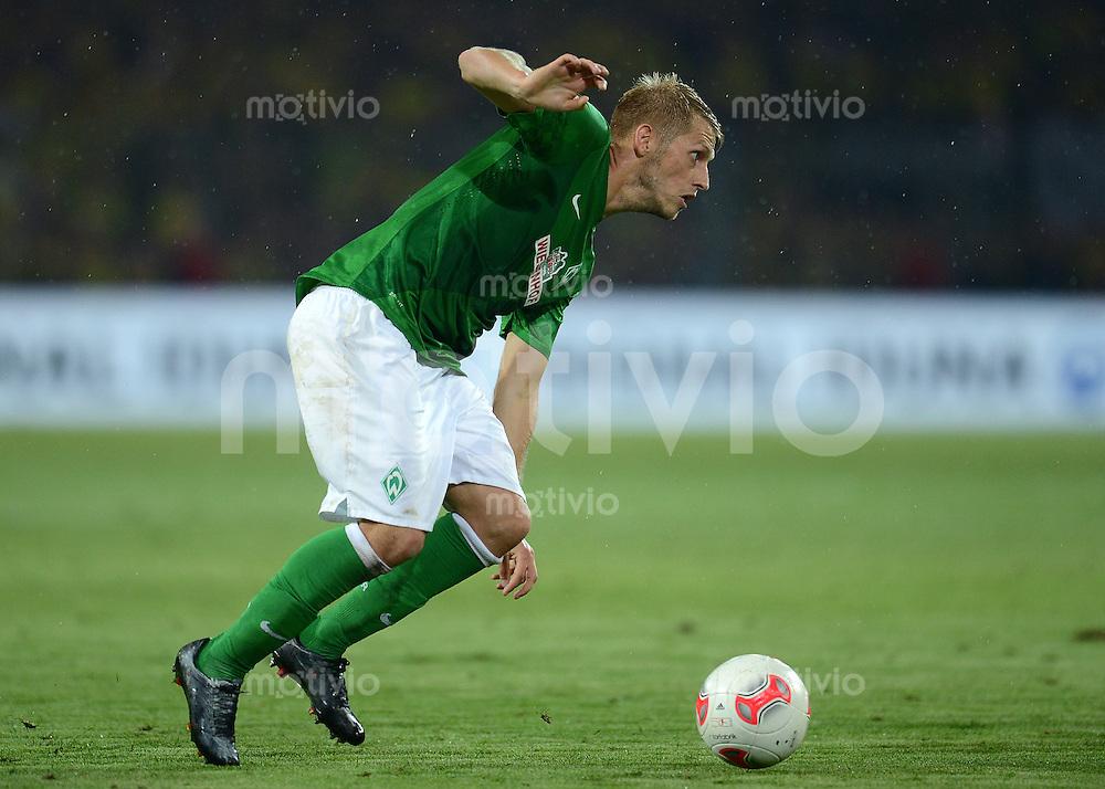 FUSSBALL   1. BUNDESLIGA   SAISON 2012/2013   1. SPIELTAG Borussia Dortmund - SV Werder Bremen                  24.08.2012      Aaron Hunt (SV Werder Bremen)